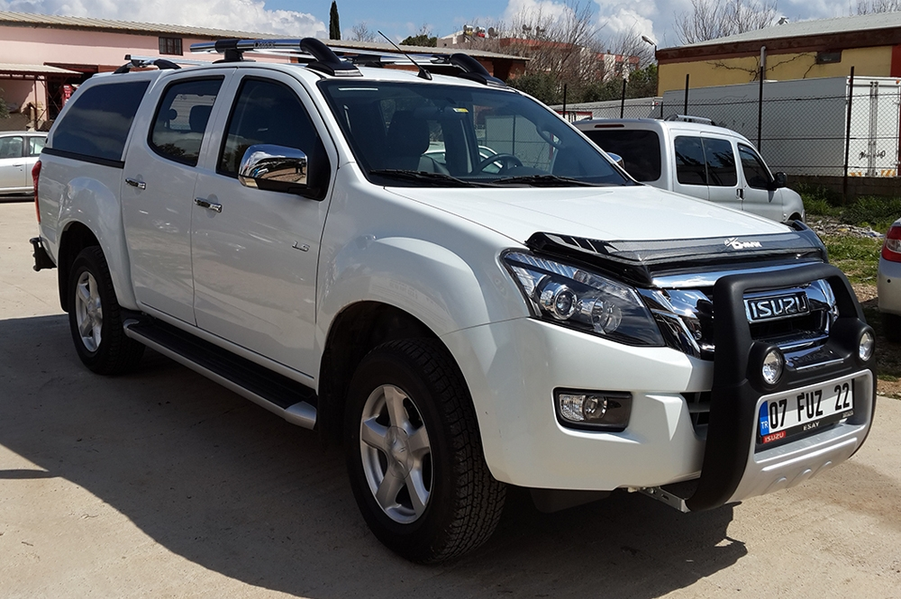 ISUZU D-MAX V-CROSS 4X4 PICK-UP 2014